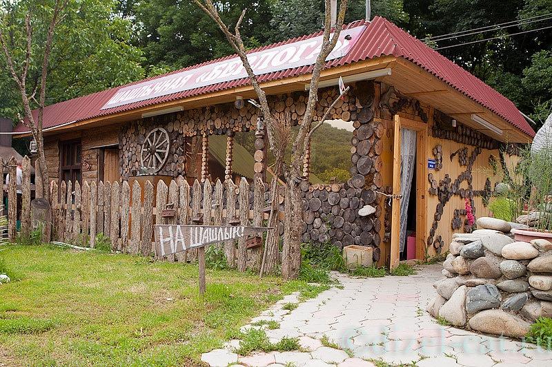 http://pics-akamai.slickpic.com/Mjc2NTc1YjA5YjA2Ng,,/20120826/MTcxODI3MjA5MGI,/p/1600/IMG_7675-Edit.jpg